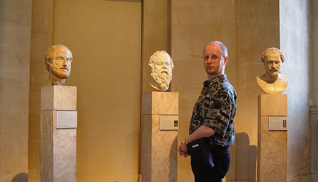 Среди толковых пацанов в Лувре