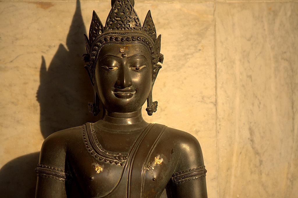 Скромный тайский Будда