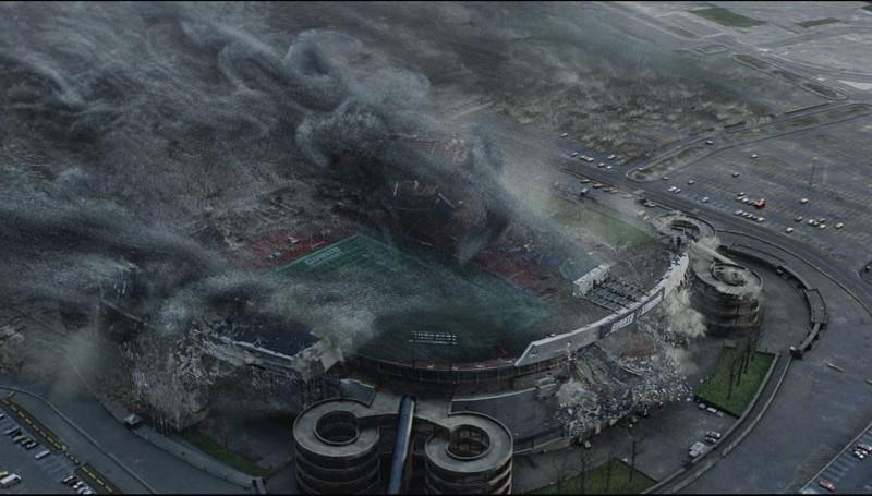День когда Земля остановилась: насекомые сжирают стадион