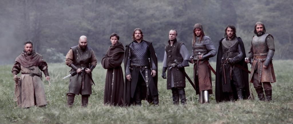 Актёрский состав х/ф Black Death, по центру Шон Бин