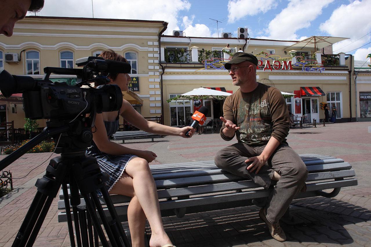 Раздача интервью в Улан-Удэ