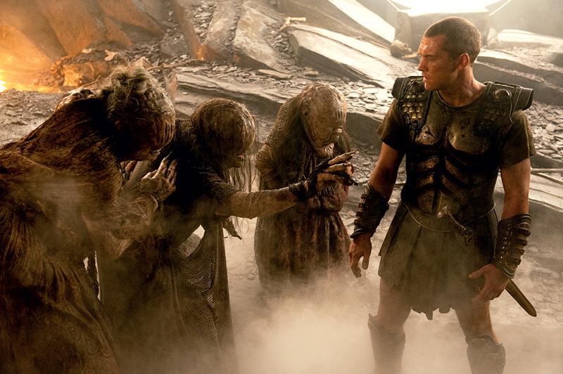 «Битва титанов», Персей и три вещие старухи Грайи