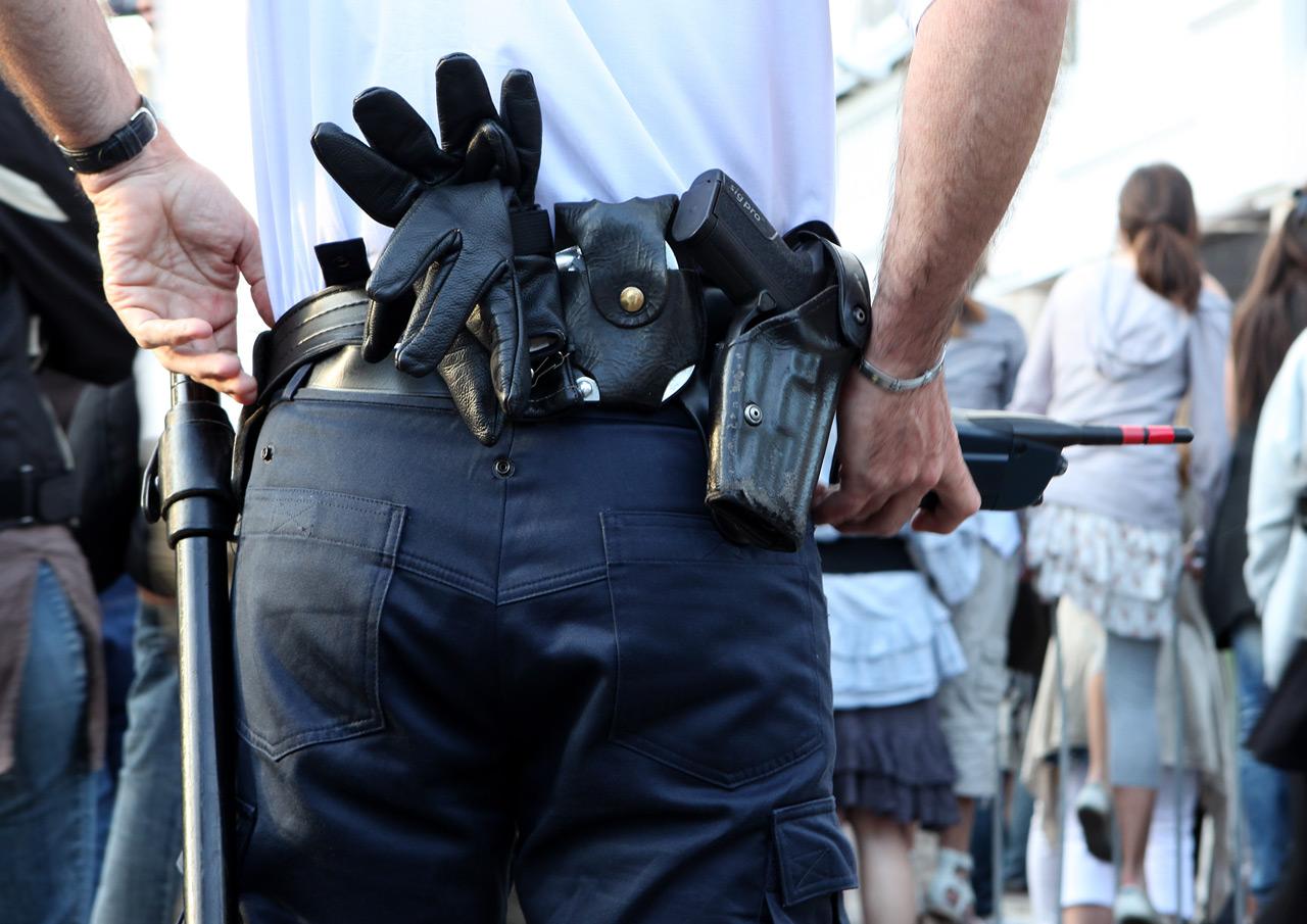 Каннская полиция на страже