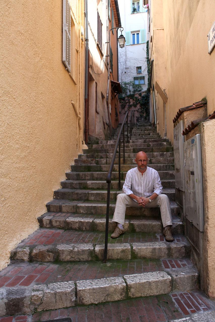 Лестница-улица в Каннах