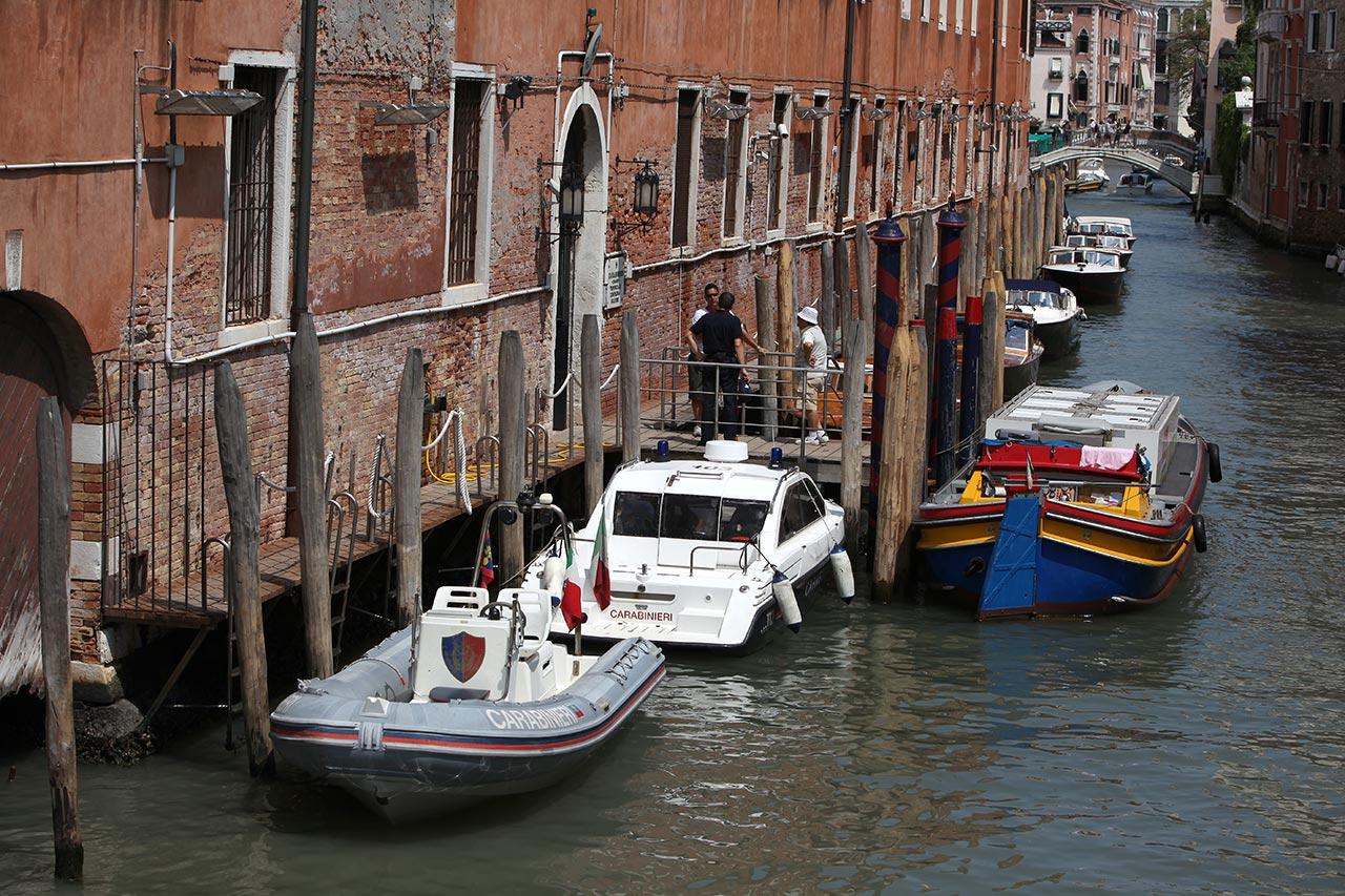 Венецианский околоток