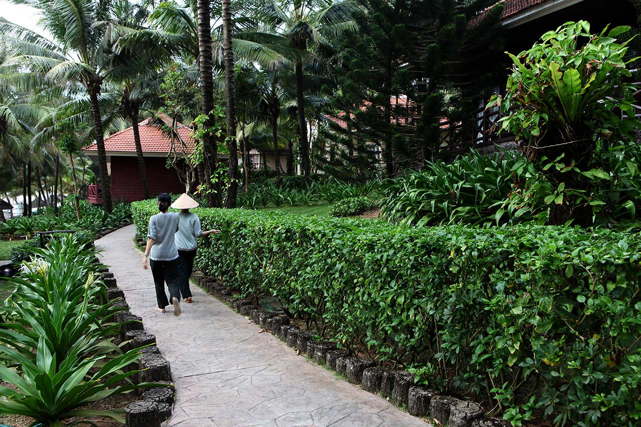 Территория отеля Saigon