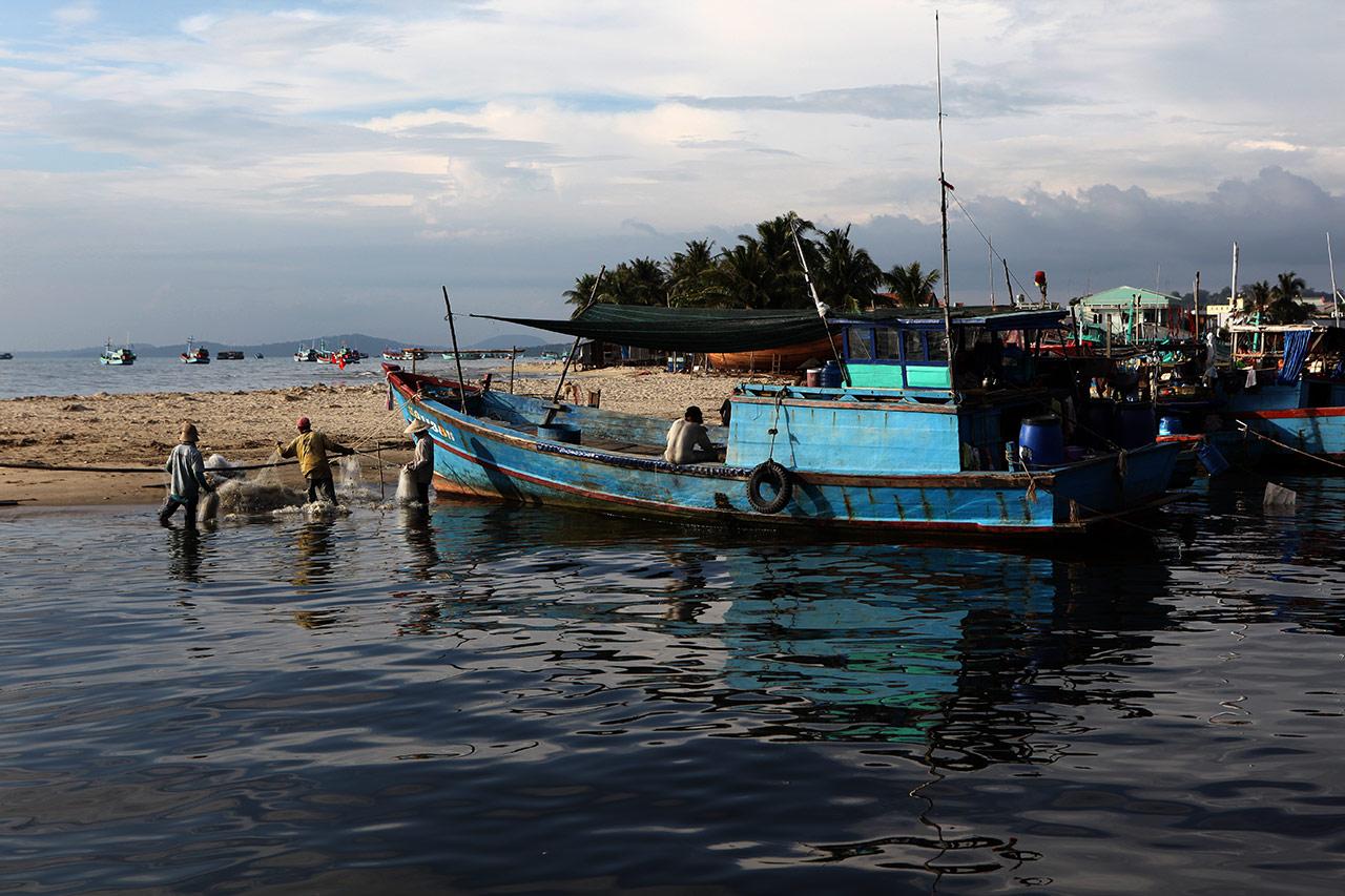 Вьетнамские рыбаки в деле