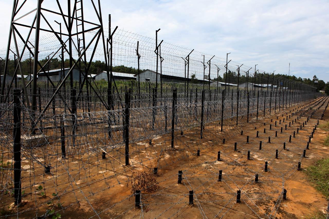 Качественная ограда концлагеря