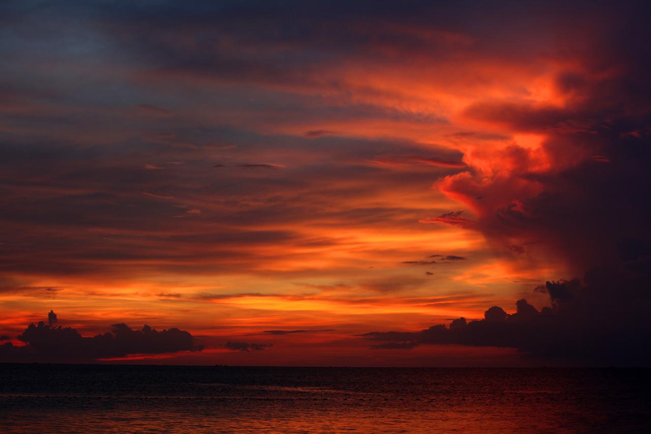 Закат на острове Фукуок