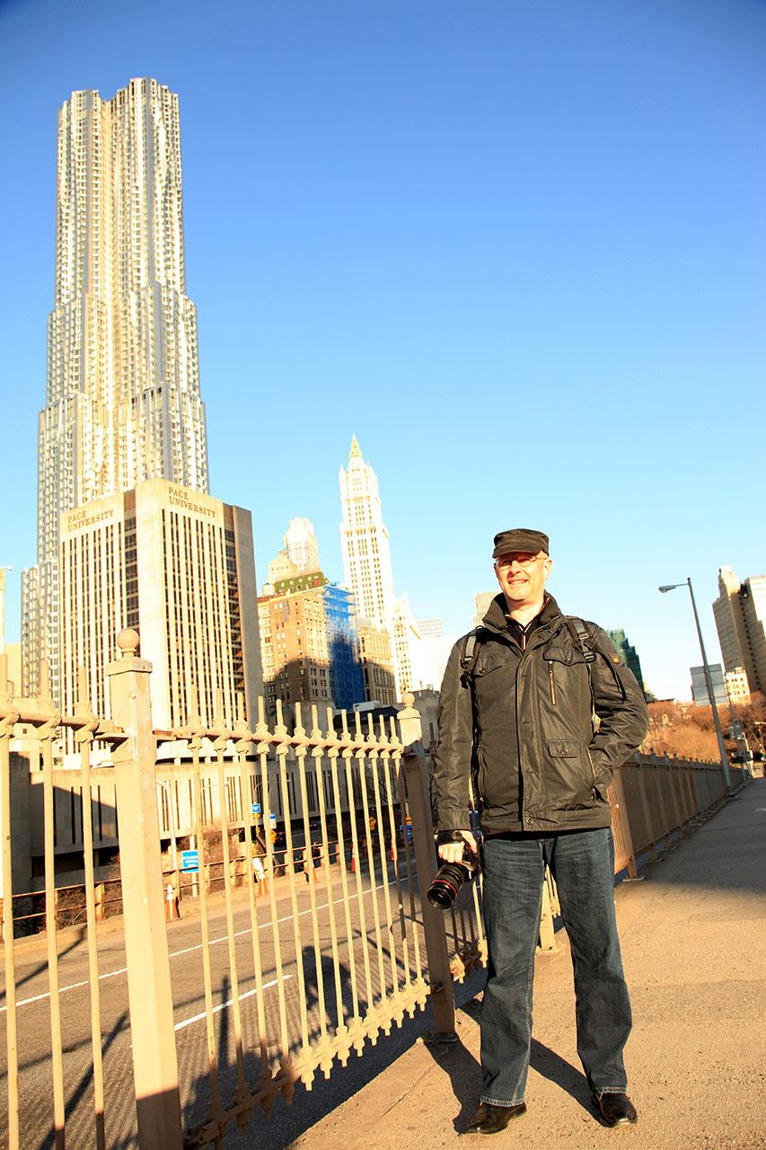 Утро на Бруклинском мосту (с) Олег Зотов