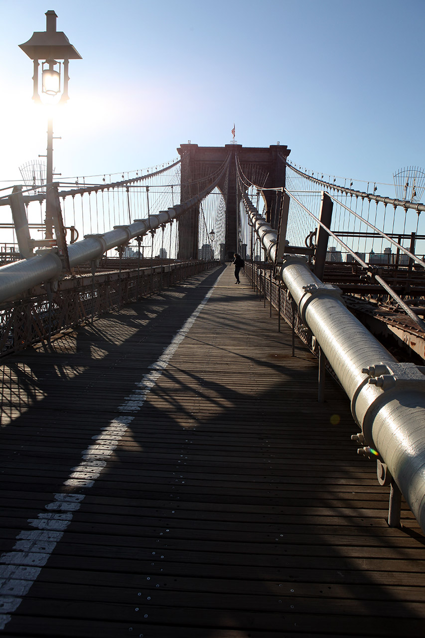 Утро на Бруклинском мосту