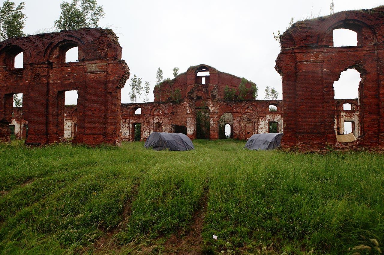 Военно-патриотический лагерь в Селищах