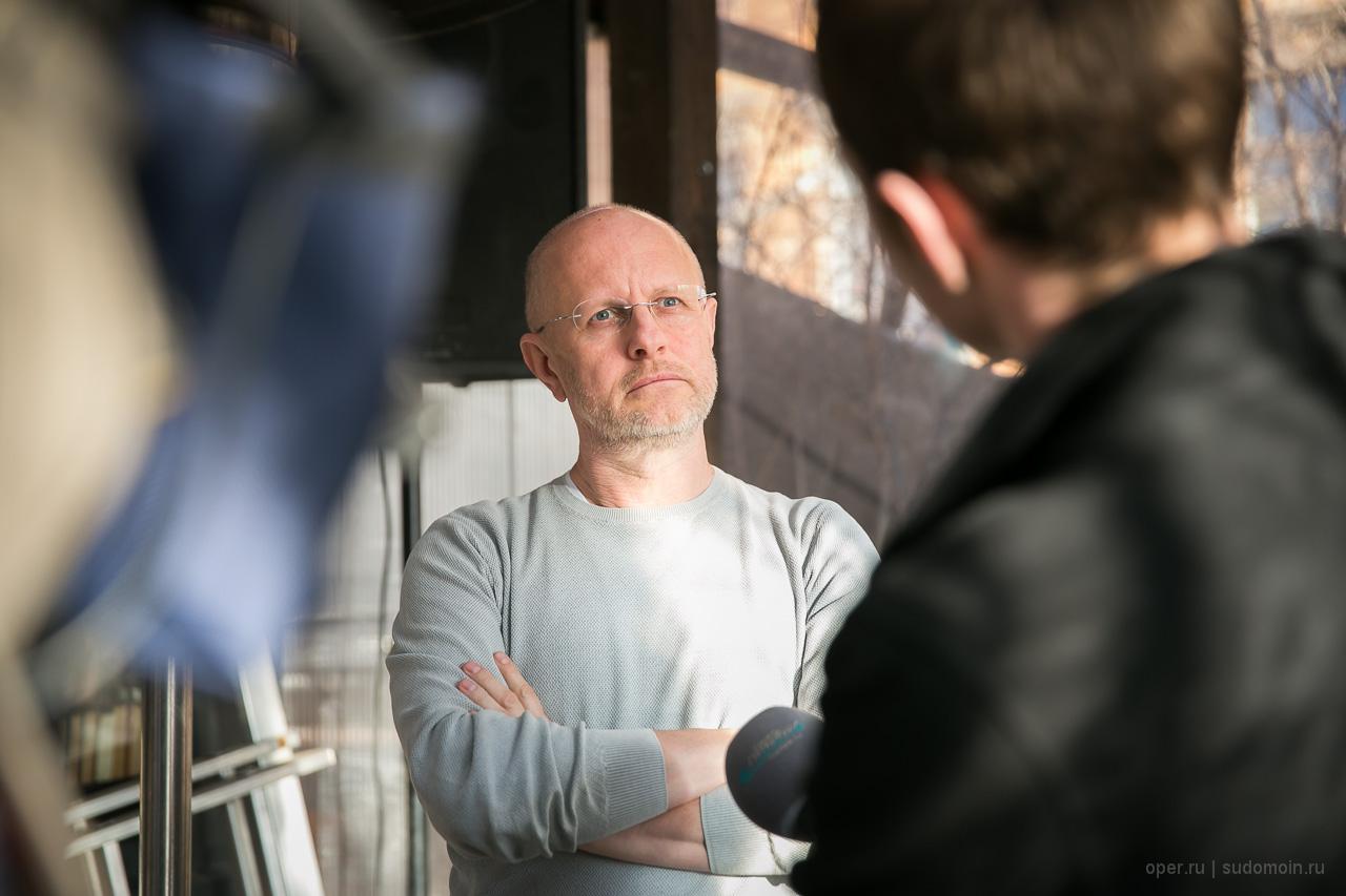 Интервью в Грибоедове