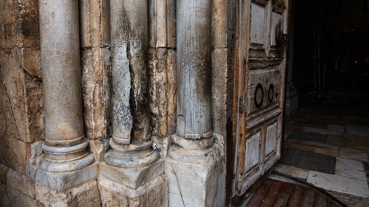 Иерусалим фото колонны святого огня