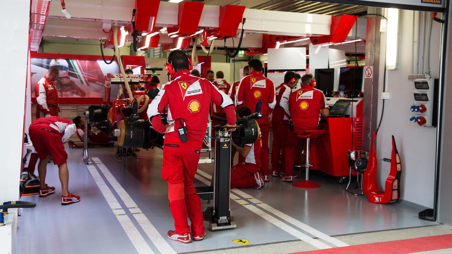 Боксик Ferrari