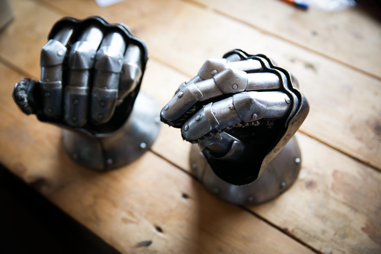 Железные перчатки своими руками