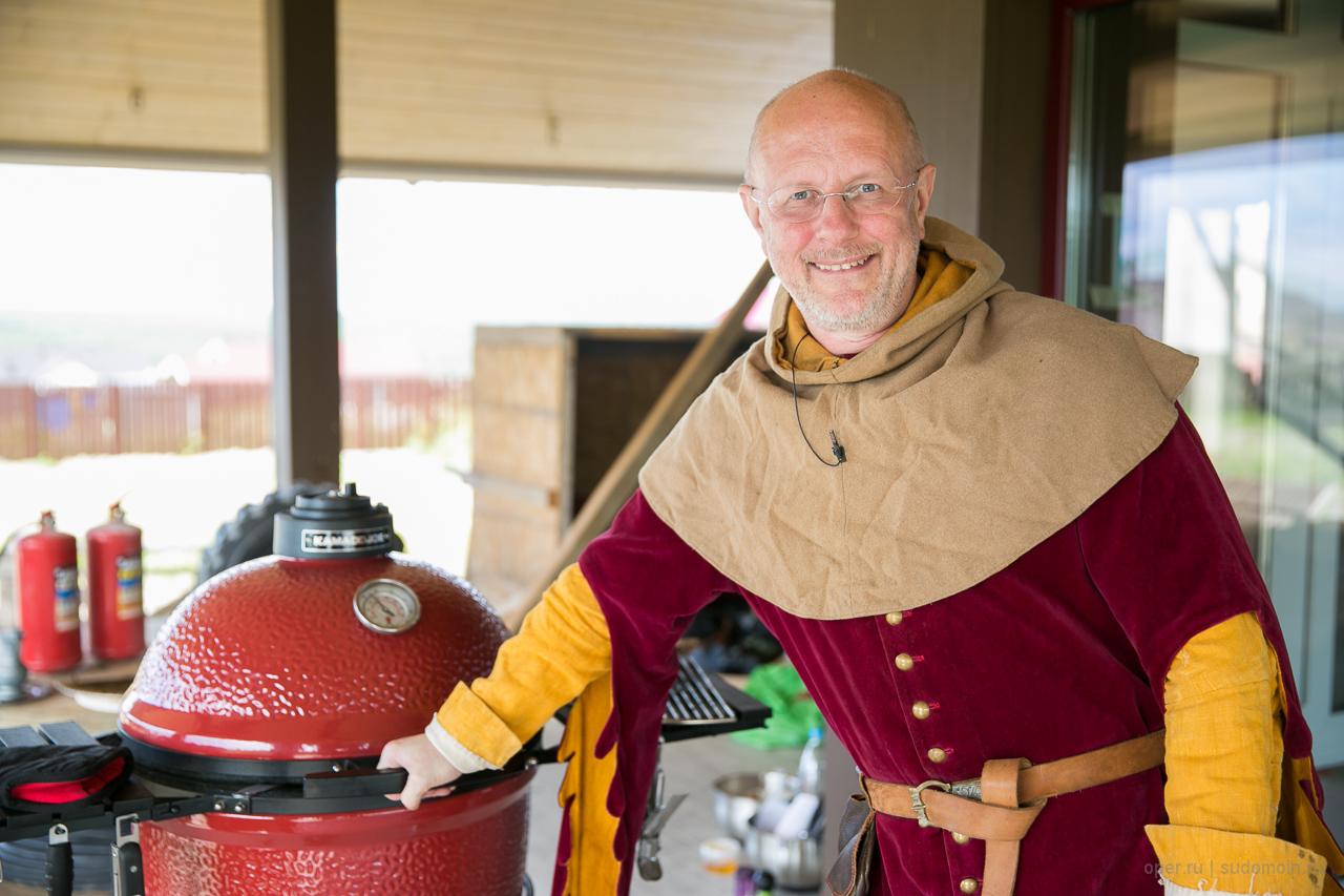 Kamado Joe и средневековая еда