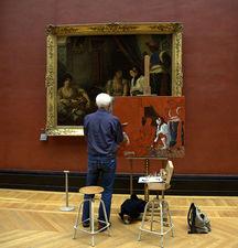 В Лувре пираты орудуют не таясь