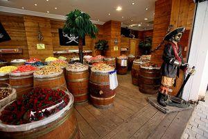 Pirates store