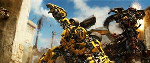 Transformers: Revenge of the Fallen — Bumblebee vs Rampage