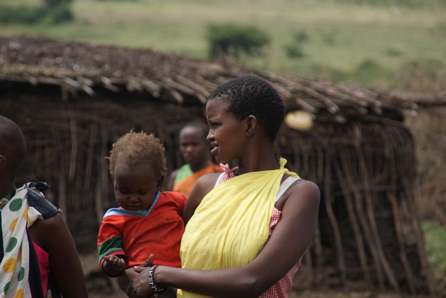 Смотрите как развлекают себя девушки в деревне 22 фотография